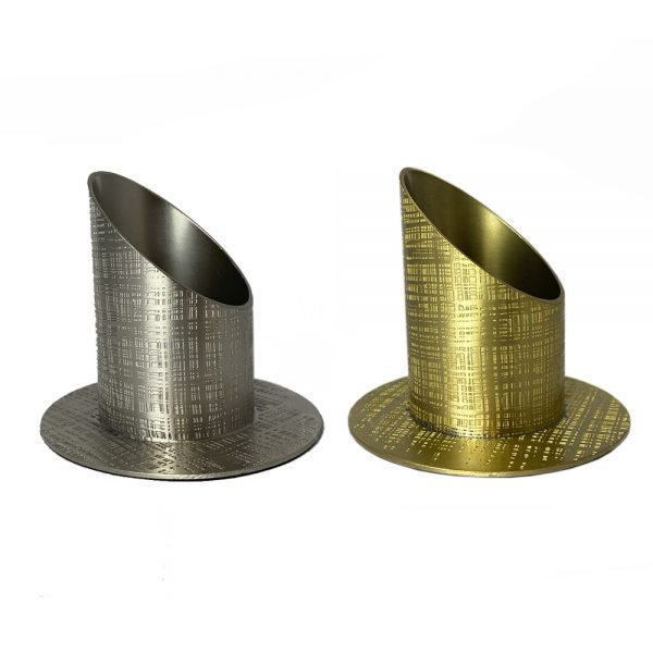 candelero diagonal metal rayado
